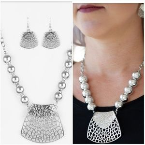 LARGE AND IN CHARGE SILVER NECKLACE/EARRING SET